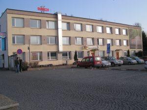 Kancelářská budova Kladno Milady Horákove - původní stav